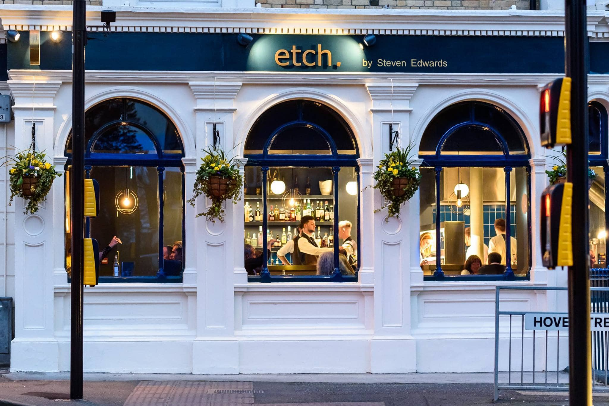 Side view into etch. Restaurant Hove by Steven Edwards